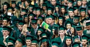Ensino superior está relacionado à melhoria do mercado de trabalho
