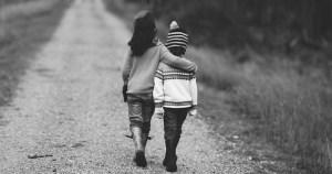 Pesquisa busca pais para falar de relacionamento entre seus filhos