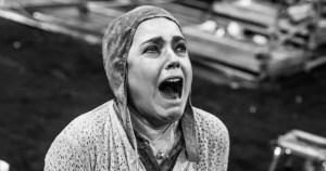 """""""Mãe Coragem"""" e a atemporalidade do mal"""