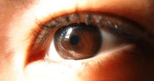 Terapia combinada é mais eficaz contra câncer que atinge o olho