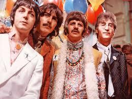 A busca dos Beatles e dos Rolling Stones por músicas mais adultas impactaram o mundo do rock