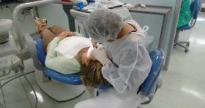 Cursos gratuitos orientam dentistas na abordagem de pacientes com doenças crônicas