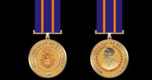 Docentes são agraciados com medalha Armando de Salles Oliveira por destaque nas ações contra a covid-19