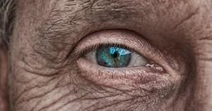 Envelhecimento saudável requer políticas de cuidados de longa duração