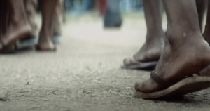 Orquestra de Câmara da USP faz vídeo em favor dos moradores de rua