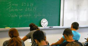 Dados do Enem podem contribuir para a construção de futuras políticas educacionais, aponta estudo