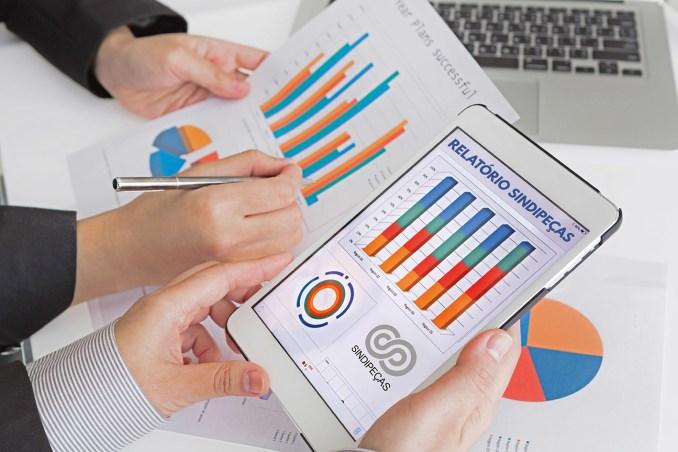 grafico positivo autopeça setor, Reposição aponta caminhos