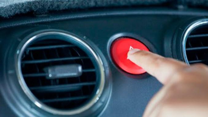 painel-emergência-direção-dedo