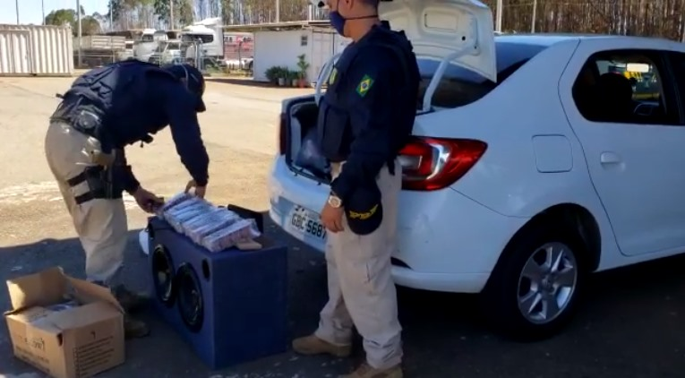 Carregamento de 6 mil comprimidos de rebite é interceptado pela PRF na BR-060