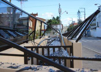 Danos em condomínio na Estrada Dom João Becker | Foto: Emanuel Soares / Jornal Conexão Comunidade