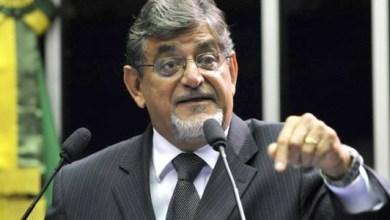 Photo of Senador tucano protocola pedido de impeachment da presidente Dilma