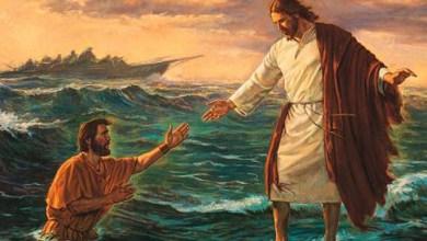 """Photo of Mundo: Pastor tenta """"caminhar sobre a água"""" como fez Jesus e morre afogado"""