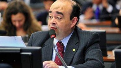 Photo of Líder do PR na Câmara apresenta manifesto e pede 'Volta Lula'