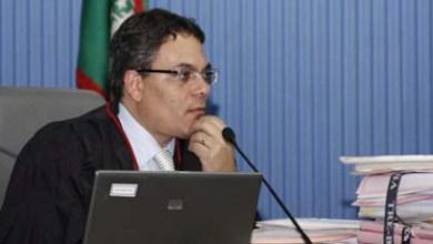 Photo of Entrega de medalha marca despedida do Juiz Saulo Casali do TRE-BA