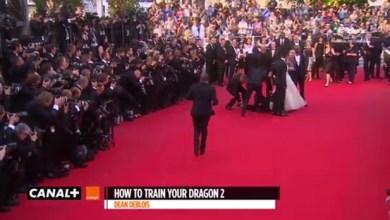 Photo of Vídeo: Homem enfia cabeça debaixo de vestido de atriz em Cannes; veja cena