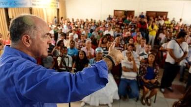 Photo of Nova pesquisa do Vox Populi é suspeita, diz Aleluia