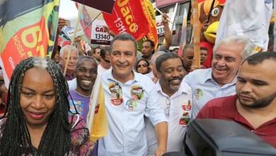 Photo of Salvador: Rui e Otto caminham na Liberdade e homenageiam Mandela