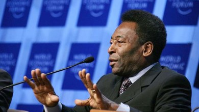 Photo of Pelé tem boa evolução, mas continua na UTI