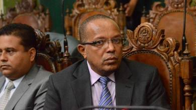 Photo of Vereador aponta disputa por cargos em eleição da Câmara e diz que prefeito influenciou
