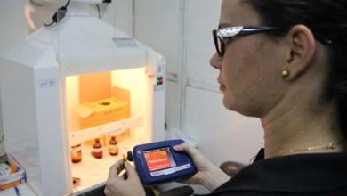 Photo of Polícia Técnica utiliza aparelho inovador que identifica drogas em segundos