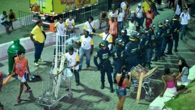 Photo of Com intensa fiscalização, mais armas brancas são apreendidas no Carnaval de Salvador