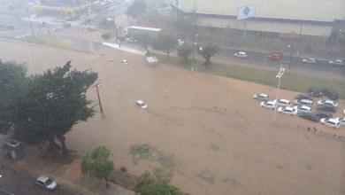 Photo of Salvador: Chuva deixa ruas alagadas e trânsito congestionado em vários pontos da cidade