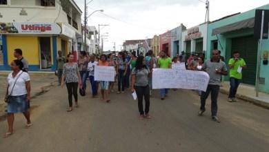Photo of Chapada: Em greve, servidores de Utinga relatam péssimas condições de trabalho