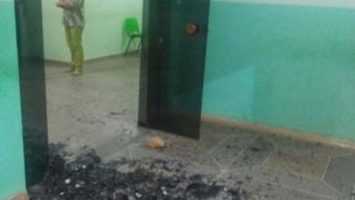 Photo of Chapada: Jovem apedreja hospital de Utinga pela demora no atendimento da mãe