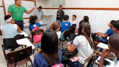 Photo of Aplicativo do WhatsApp facilita aprendizagem de Matemática na Bahia