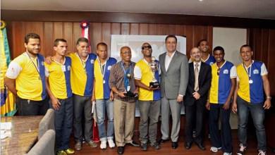 Photo of Governador recebe tricampeões mundiais de Futebol de 5