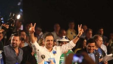 Photo of Em ato falho, Aécio diz que foi 'reeleito presidente da República' em convenção do PSDB