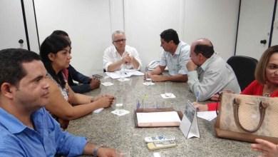 Photo of Cafarnaum: Prefeito do PSDB pede pavimentação de 20 mil metros quadrados de ruas ao governo baiano