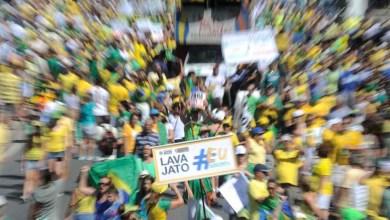 Photo of Pesquisa aponta que a população quer o impeachment, mas acha que processo não resolverá crise