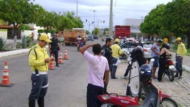 Photo of Câmara Federal aprova permissão de porte de armas para agentes de trânsito