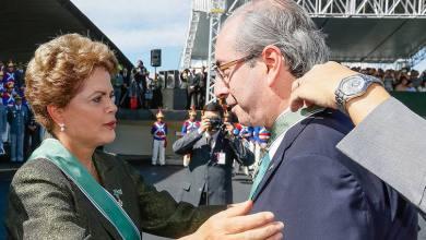 Photo of Cunha aceita pedido de abertura de processo de impeachment de Dilma