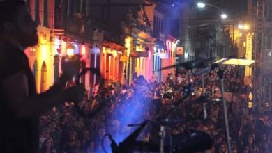 Photo of [FOTOS]: Confira como foi o primeiro dia do Festival de Lençóis; shows seguem até domingo