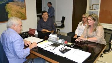 Photo of Chapada: Deputada e senador confirmam pré-candidatura de Manoel Luz à prefeitura de Mucugê