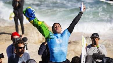 Photo of Mineirinho vence em Pipeline e fica com o título do circuito mundial de surfe
