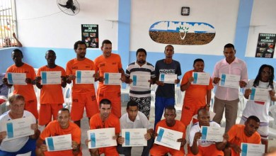 Photo of Salvador: Detentos do Lafayete Coutinho recebem certificado do curso de tratador de animais