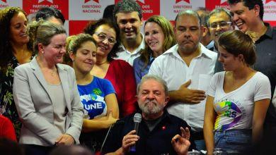 Photo of Se quiserem me derrotar, vão ter de me enfrentar nas ruas, diz Lula