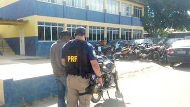Photo of Chapada: Condutor com deficiência visual é detido pela PRF na região de Seabra