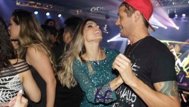 Photo of Fortaleza: Dado Dolabella dança forró com ex-BBB em lançamento de clipe