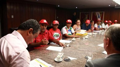 Photo of Bahia: Encontro entre governador e MST tem resultado positivo, segundo movimento