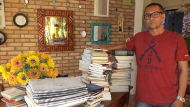 Photo of Chapada: Professor do município de Jacobina doa livros para biblioteca do Ifba