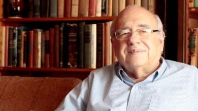 Photo of Brasil: Escritor Luis Fernando Verissimo tem alta hospitalar