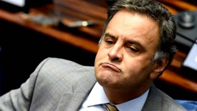 Photo of Aécio Neves retorna à presidência do PSDB e tenta conter saída do governo de Temer