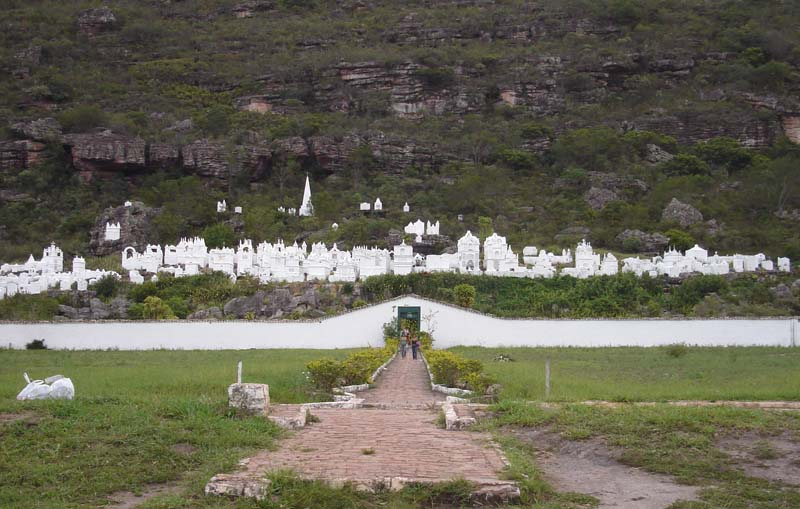 Chapada: Cemitério bizantino em Mucugê foi construído após epidemia de cólera