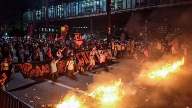 Photo of #Impeachment: PM de São Paulo reprime manifestantes durante protesto; confira vídeos