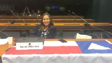 Photo of Estudante baiana é empossada deputada jovem no Congresso Nacional