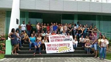 Photo of Chapada: Profissionais da educação de Iaçu reclamam 'desmonte' na rede municipal de ensino